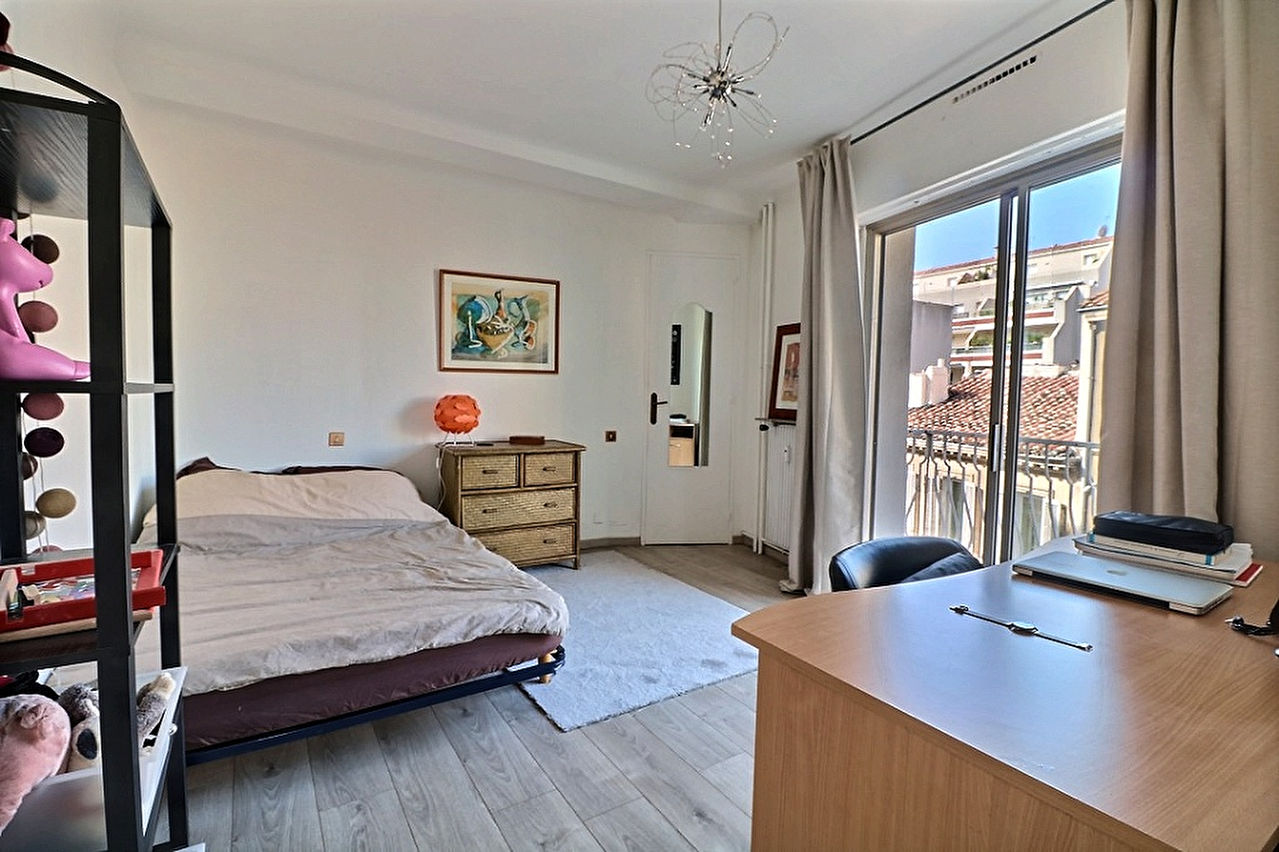 A vendre Appartement  T4  Carré d'Or 13008 Marseille